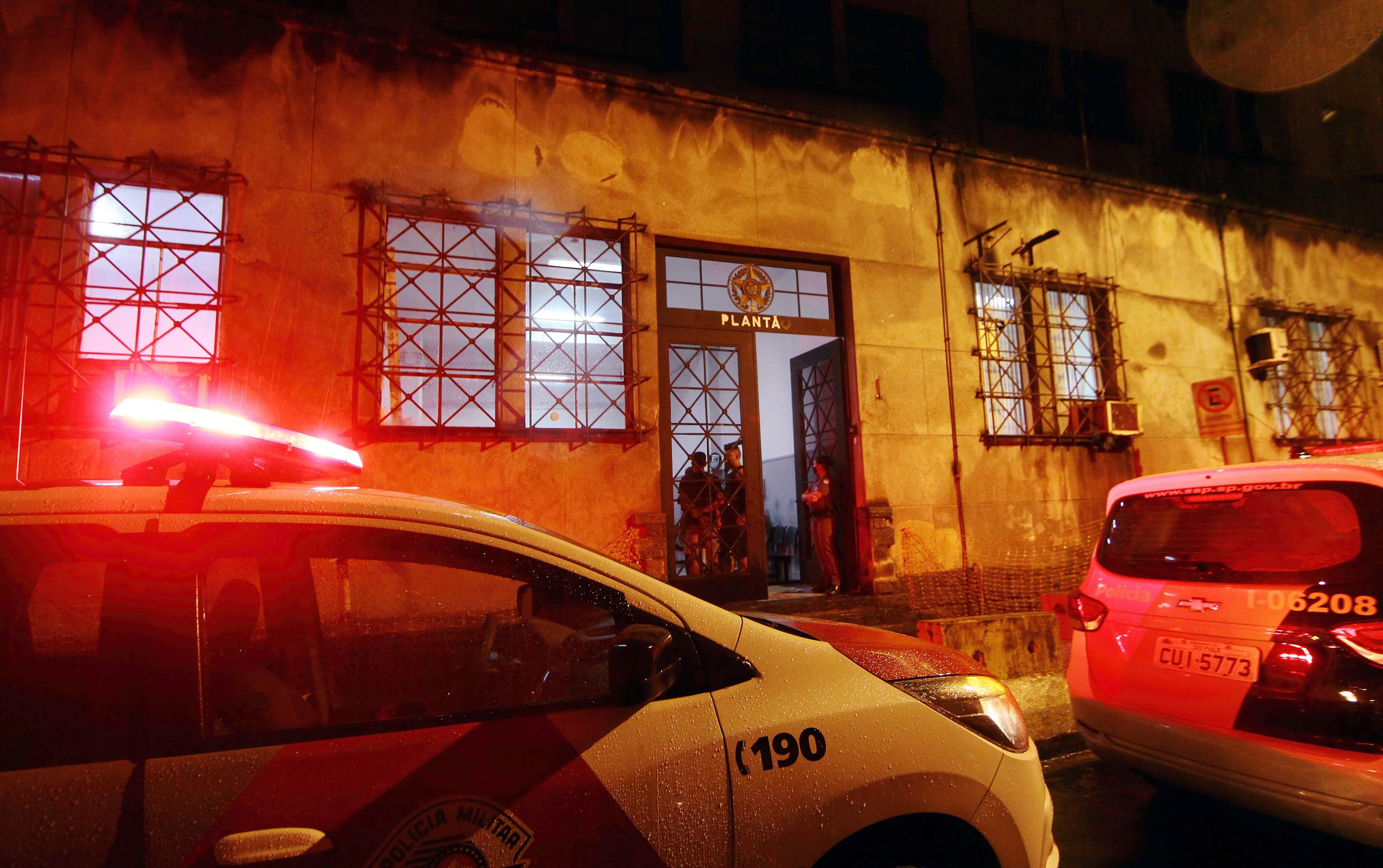 Criminoso foi levado para a Central de Polícia Judiciária (CPJ) de Santos onde permanece preso