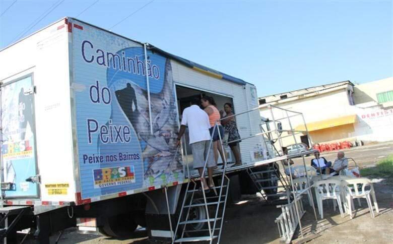 Caminhão do Peixe passará por cinco bairros de Guarujá durante a semana