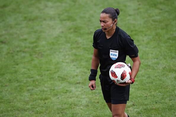 Edina Alves vai apitar o jogo entre CSA e Goiás, em Maceió