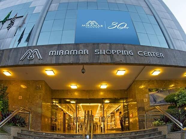 Espaço de Cinema fica dentro do Miramar Shopping, no Gonzaga, em Santos
