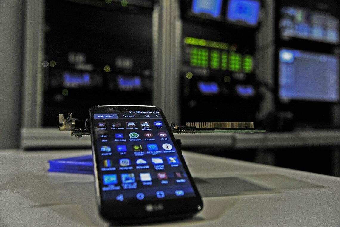 Internet móvel tem se tornado, cada vez mais, a fonte exclusiva de conectividade de muitas pessoas