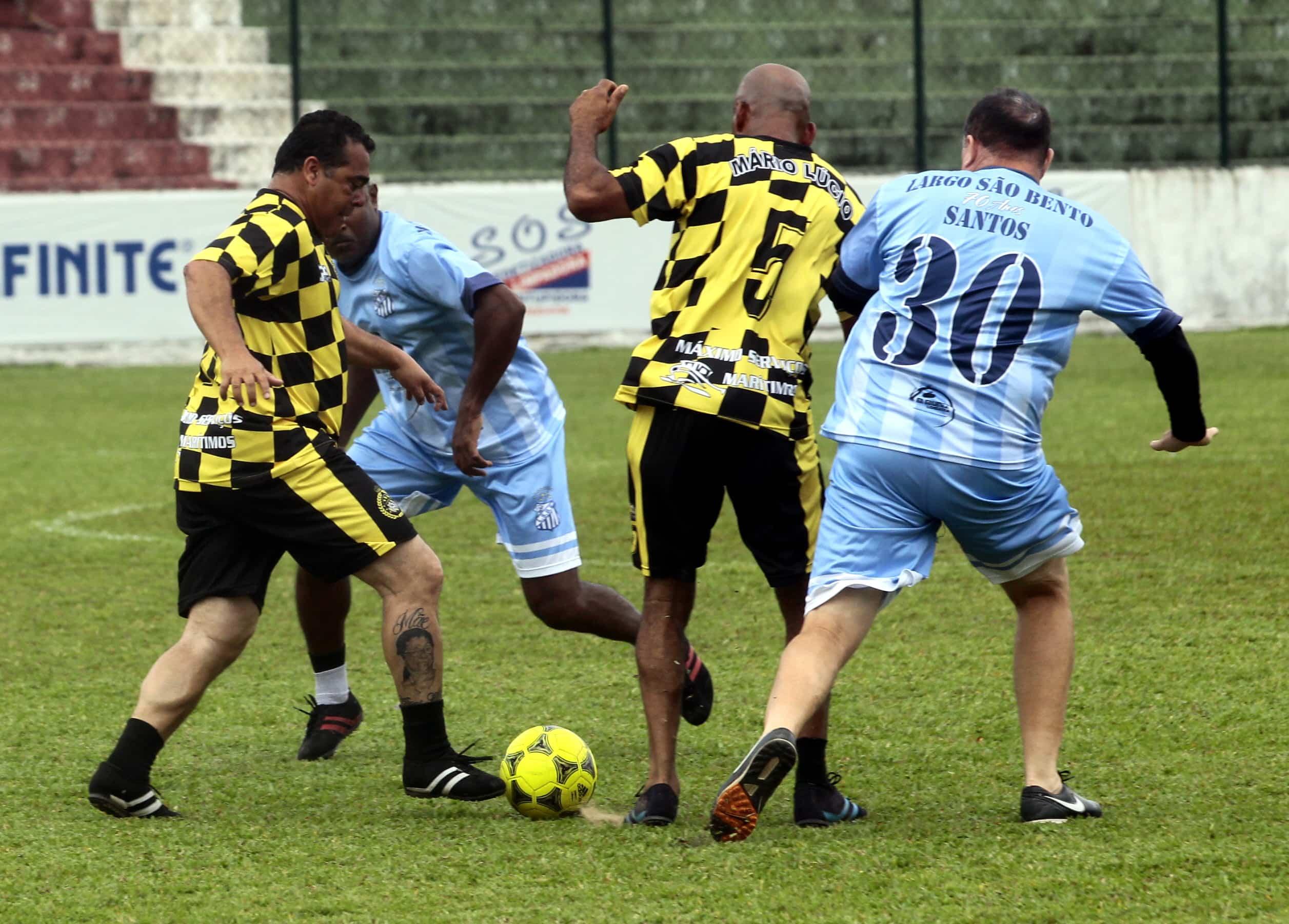 Equipe sagrou-se tricampeão do Campeonato Santista da categoria cinquentão
