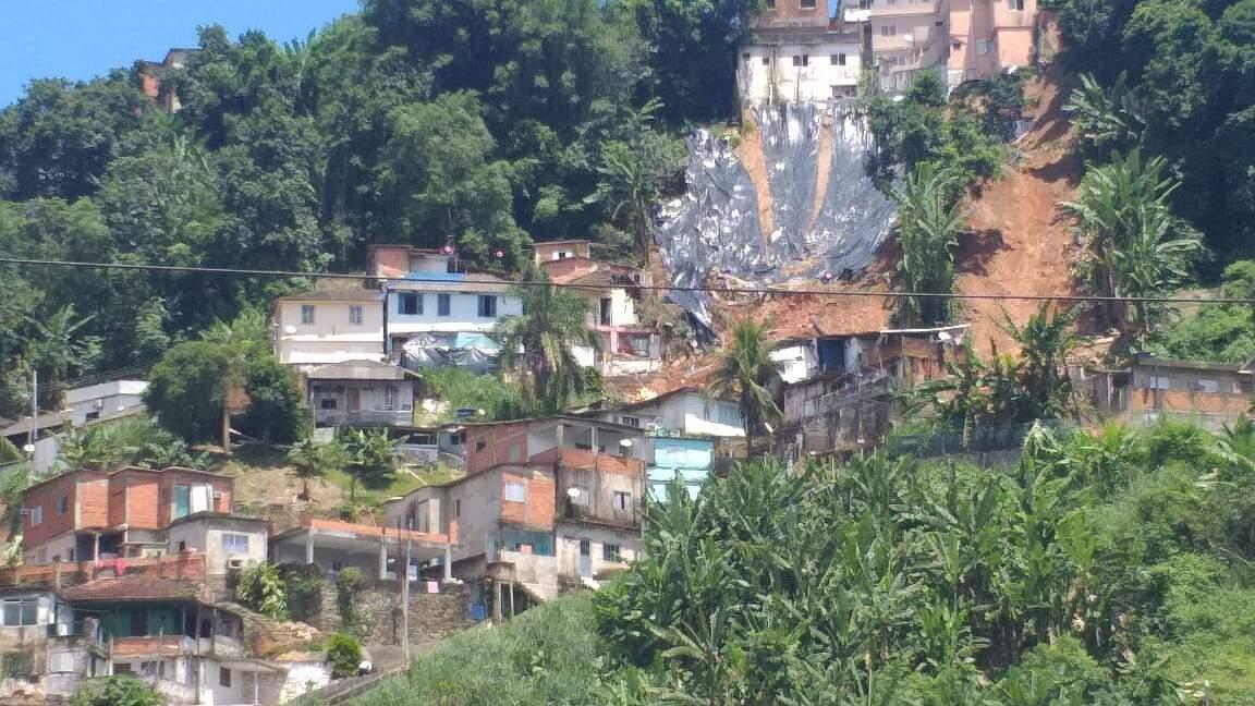 Trabalhos seguem sendo realizados no Morro São Bento, em Santos