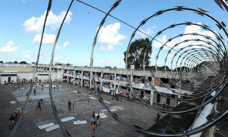 Justiça proíbe visitas em todas unidades prisionais de São Paulo