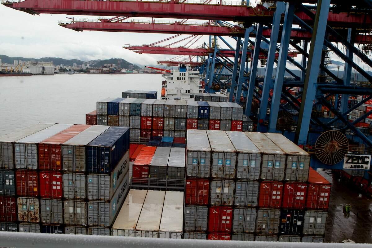 Porto movimentou mais de 1 milhão de TEU de janeiro a março deste ano, um aumento de 15,4%