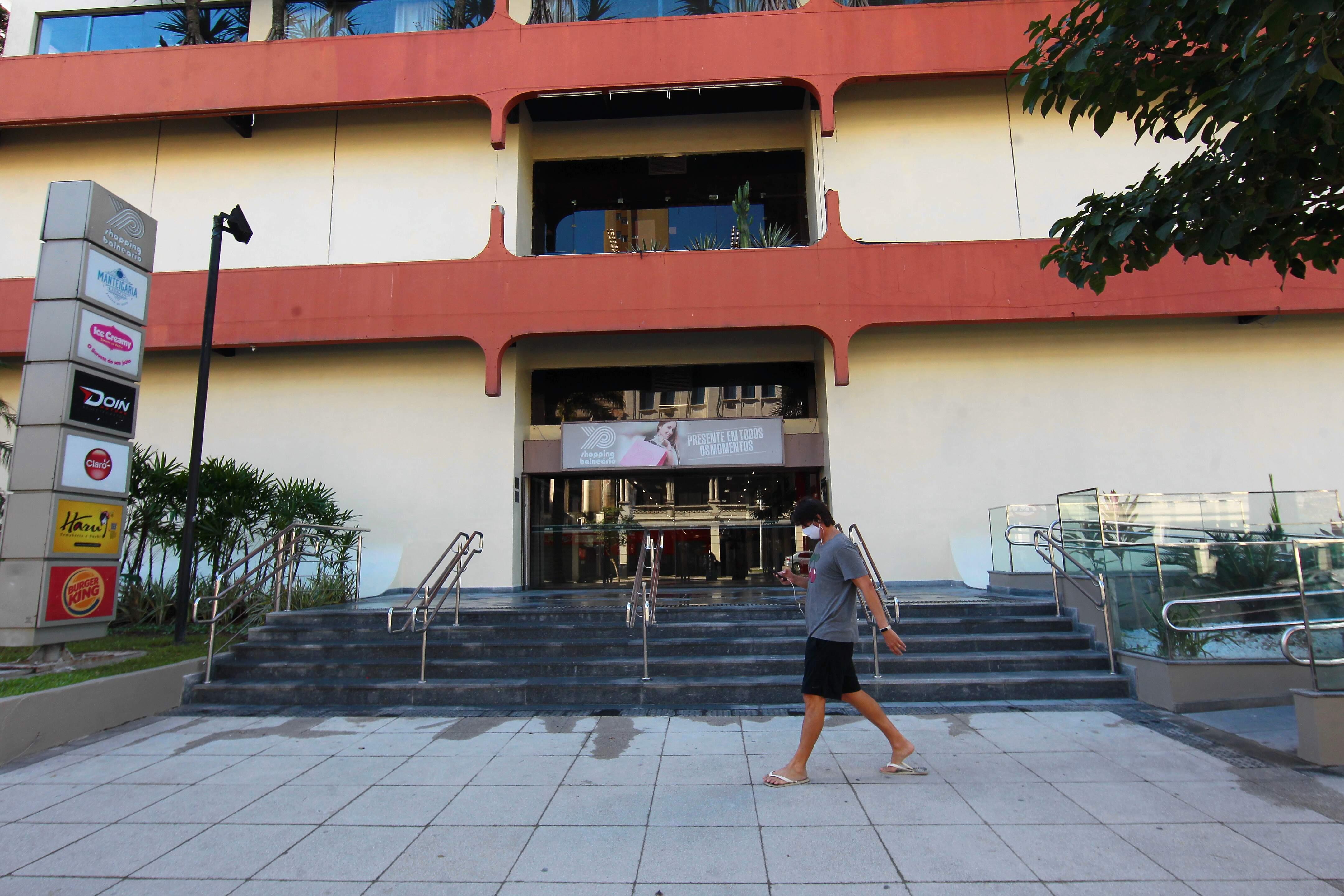 Shopping de Santos recebe intimação para adotar medidas contra Covid-19