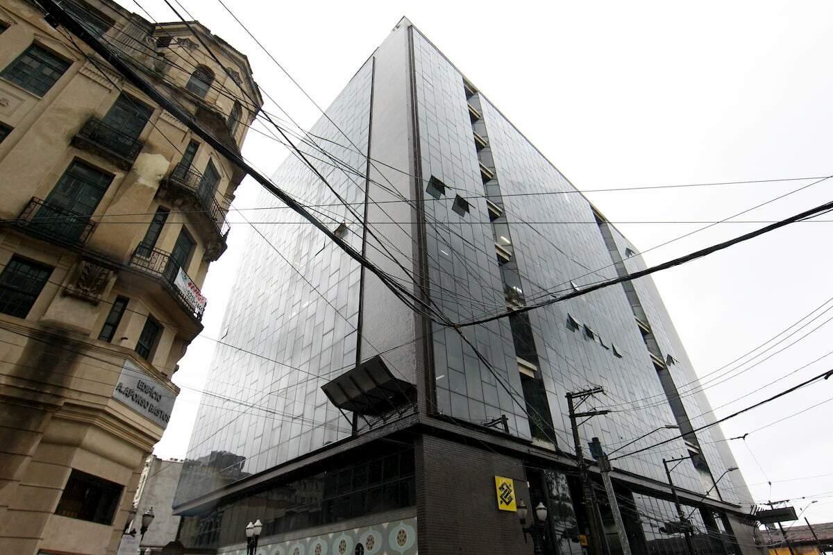 Edifício, de 1958, fica na Rua XV de Novembro, 195, e terá lance mínimo de R$ 20,7 milhões