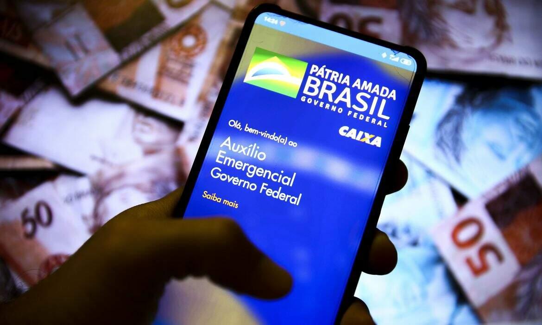 Portaria com novo calendário do auxílio emergencial foi publicada pelo Ministério da Cidadania