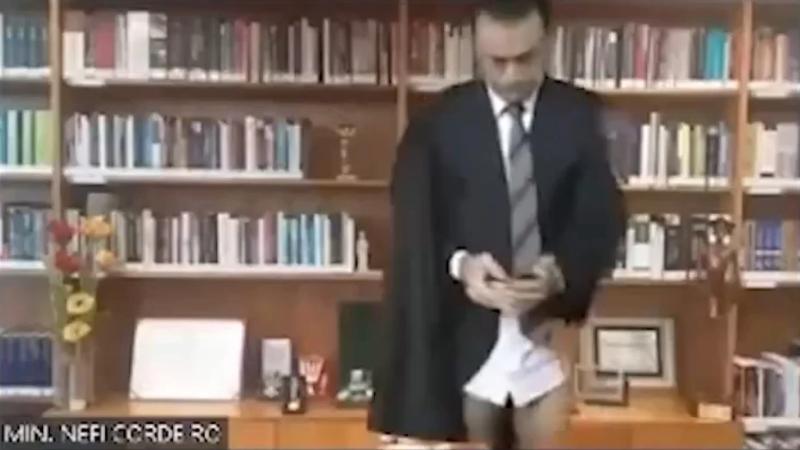 Ministro Néfi Cordeiro, do STJ, apareceu de cueca em sessão virtual