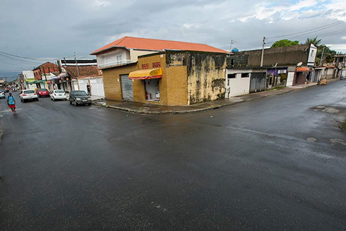 No total, são 19,5 quilômetros de ruas que passam por reposição de pavimentação asfáltica
