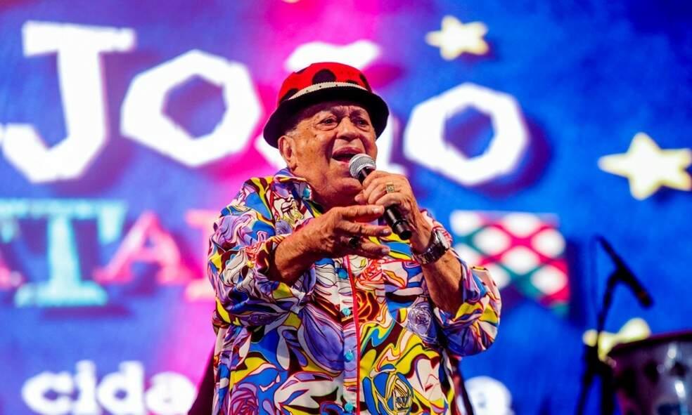 Músico de 89 anos está internado em Recife