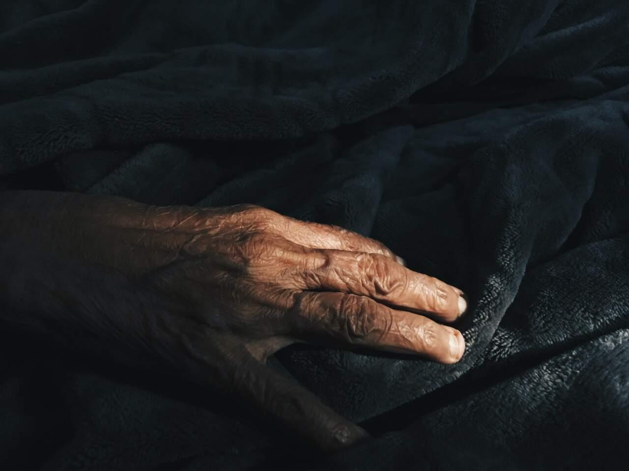 Idoso de 91 anos foi estuprado por paciente com covid