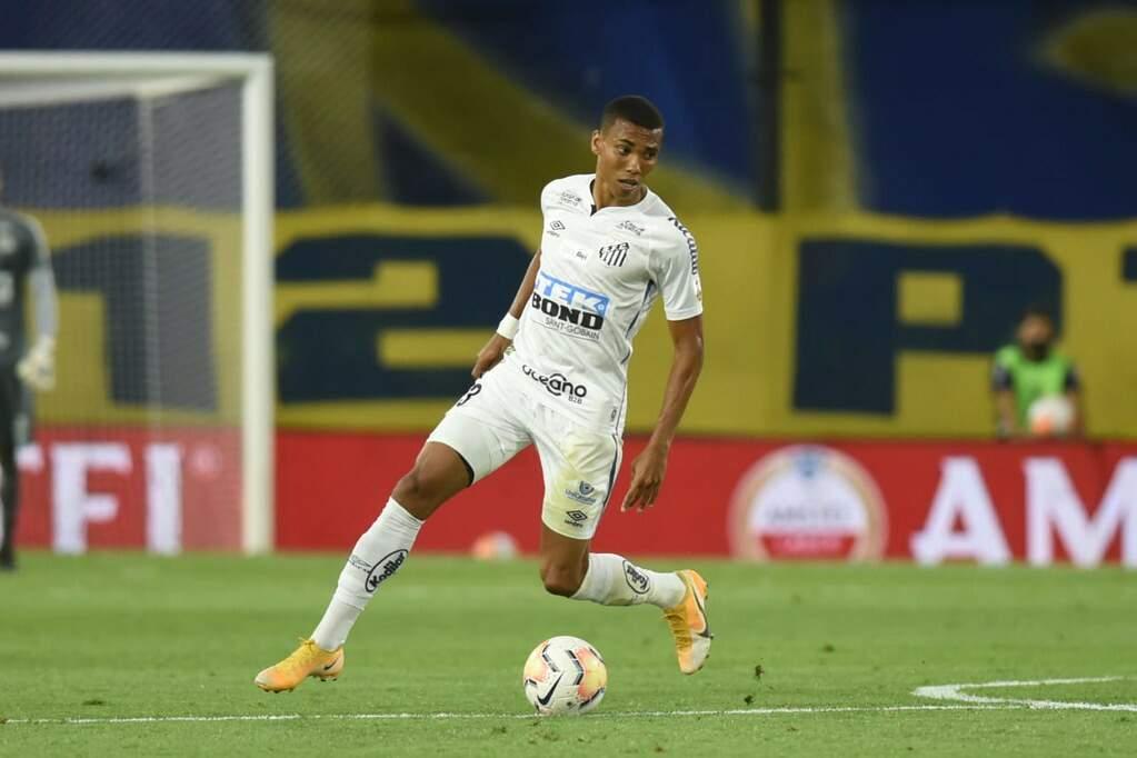 Madson deve ser titular contra o São Paulo