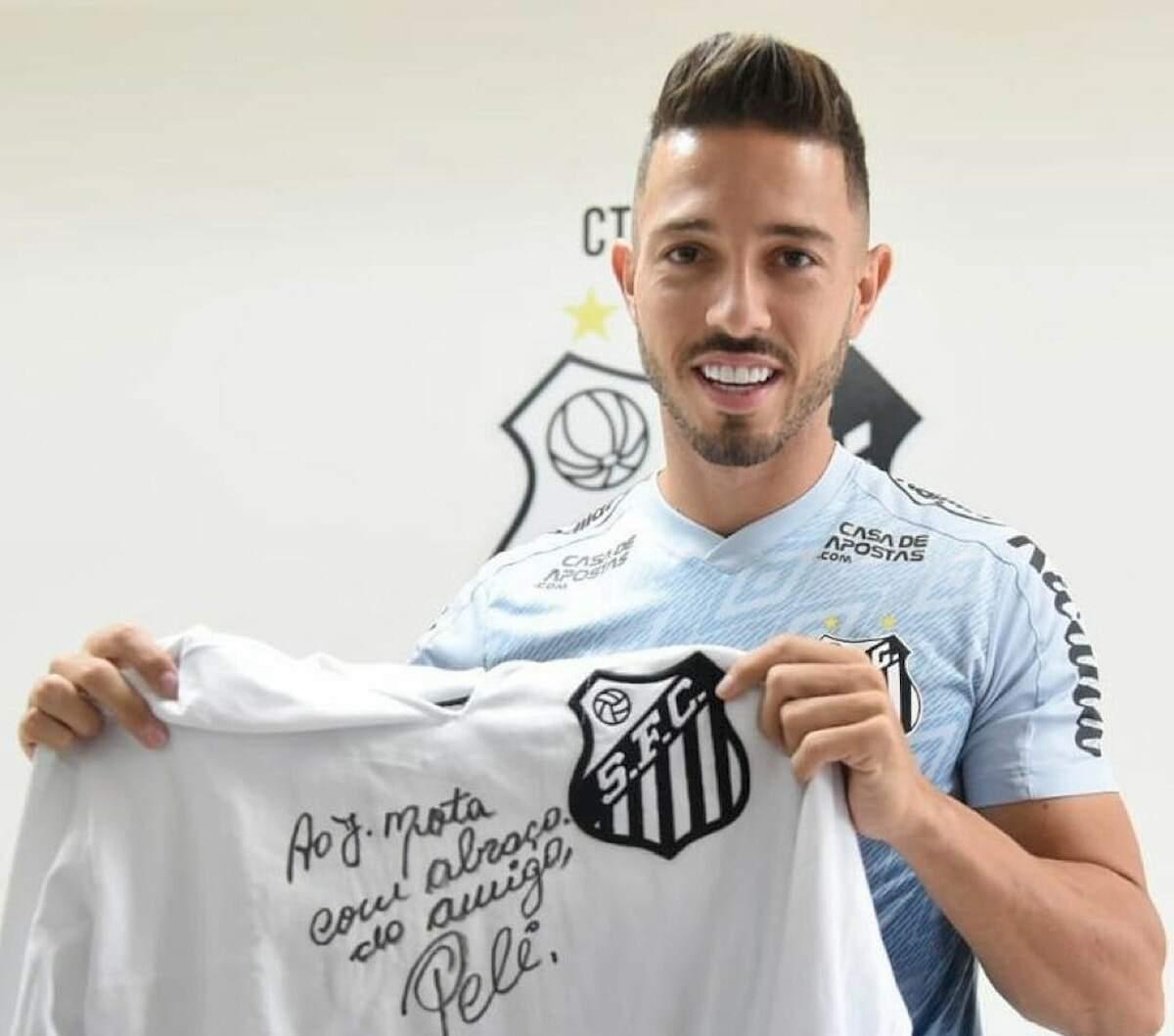Jean Mota tem 16 gols pelo Peixe