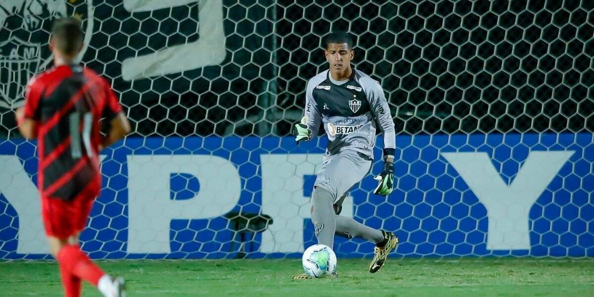Criado em Cubatão, Gabriel começou a jogar futebol com apenas 5 anos