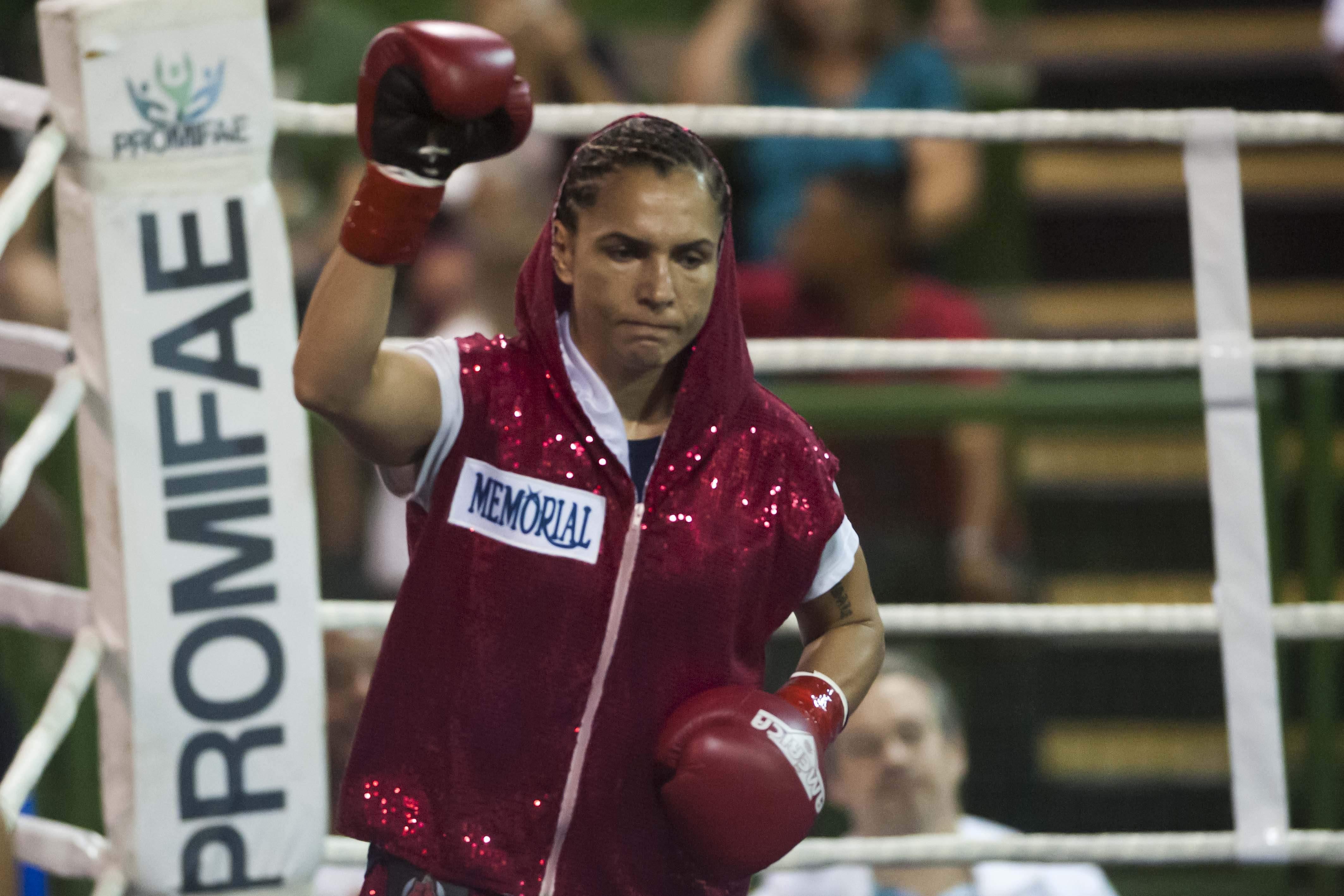 Única brasileira a ter sido campeã mundial de boxe na história, a pugilista quer retornar ao topo