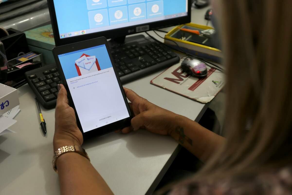 Total de 11 tablets foram adquiridos e serão usados pelos centros de assistência