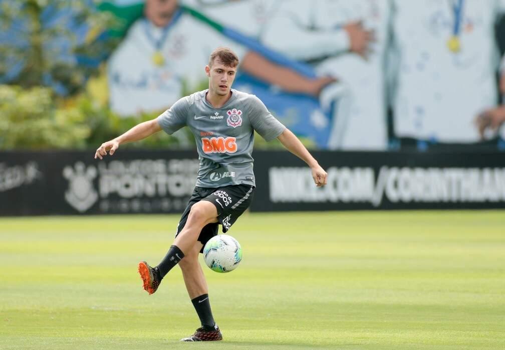 Corinthians não revelou o time testado pelo treinador na atividade