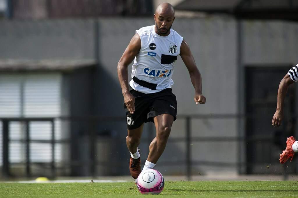 Romário chegou ao Santos em 2018, mas se destacou no acesso do Cuiabá