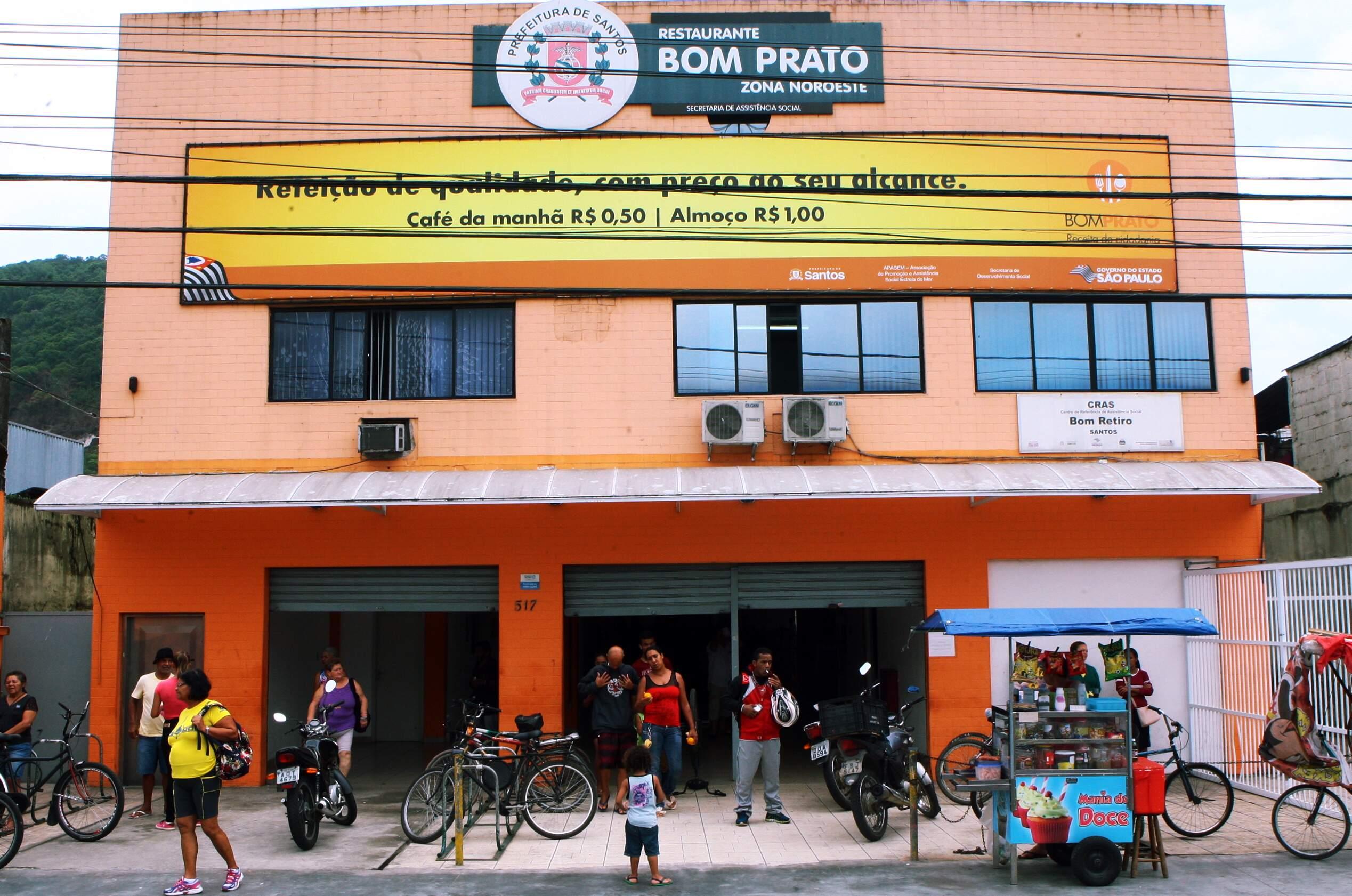 Furto de fios na área externa deixou unidade do Bom Prato, em Santos, sem luz