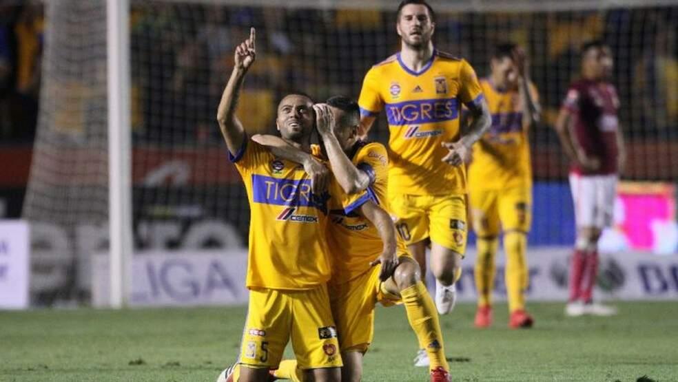 Rafael Carioca (comemorando o gol) acredita em boa campanha do Tigres