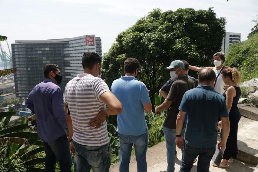 Moradores puderam fazer suas reivindicações à equipe da prefeitura