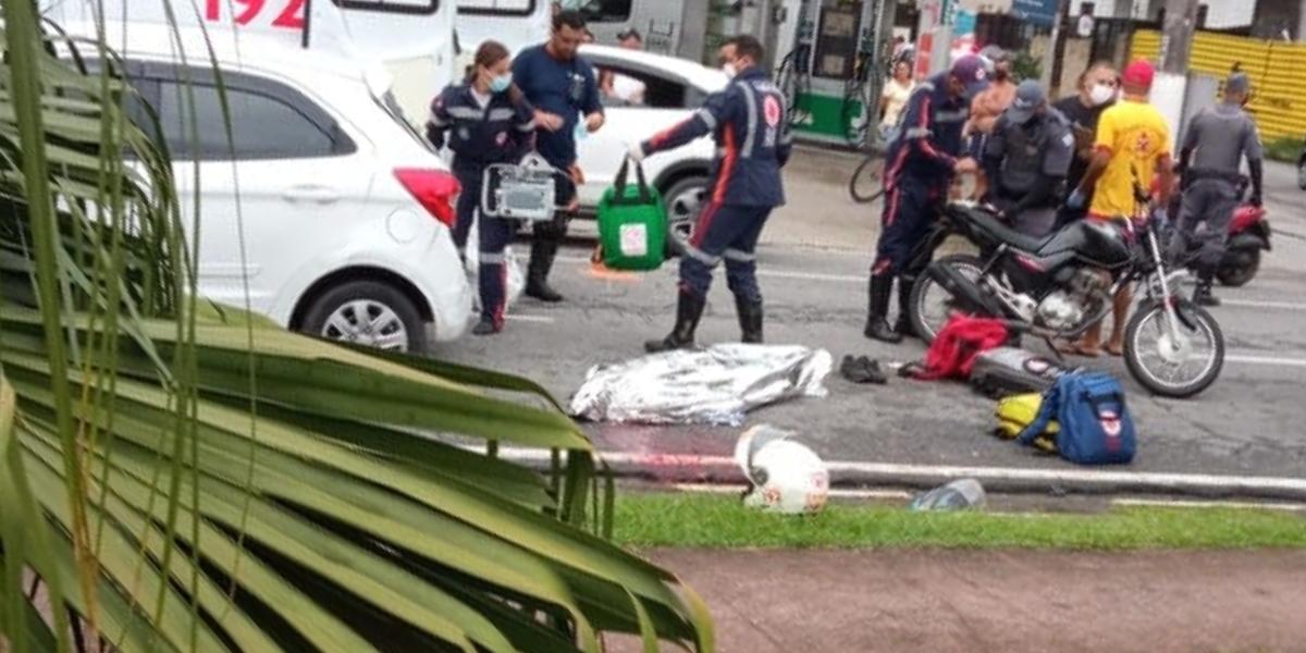 Homem de 33 anos não resistiu aos ferimentos e morreu no local