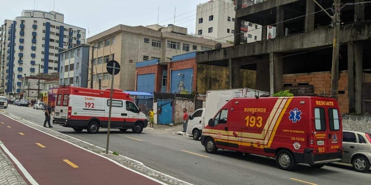 Edifício fica localizado na Rua Luiz Antônio de Andrade Vieira, no bairro Boqueirão, em Praia Grande
