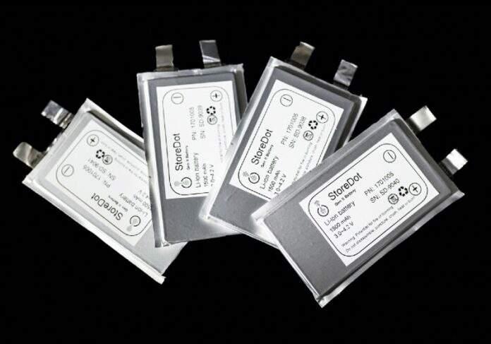 Baterias rápidas produzidas pela StoreDot já foram usadas em aparelhos