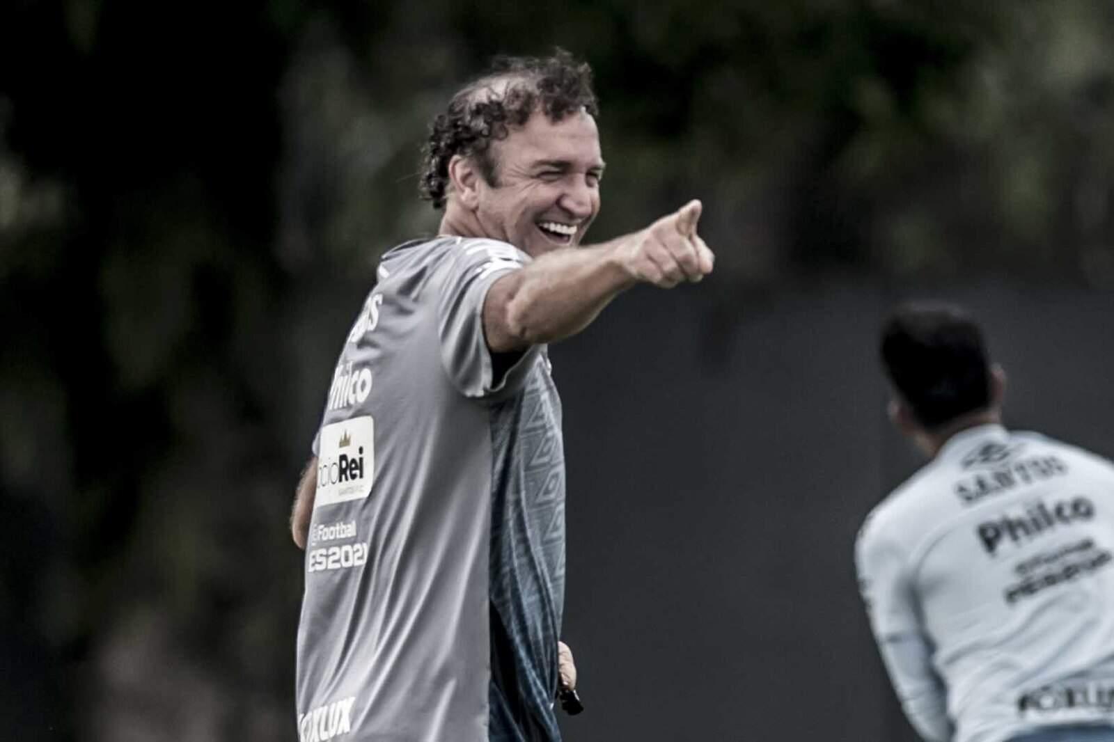 Cuca já avisou os dirigentes do Santos que não vai continuar à frente do time