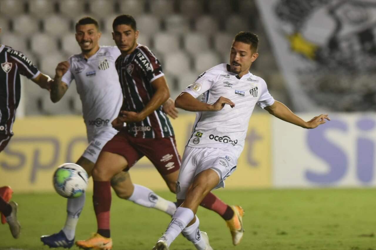 Jean Mota marcou o gol do Santos no empate