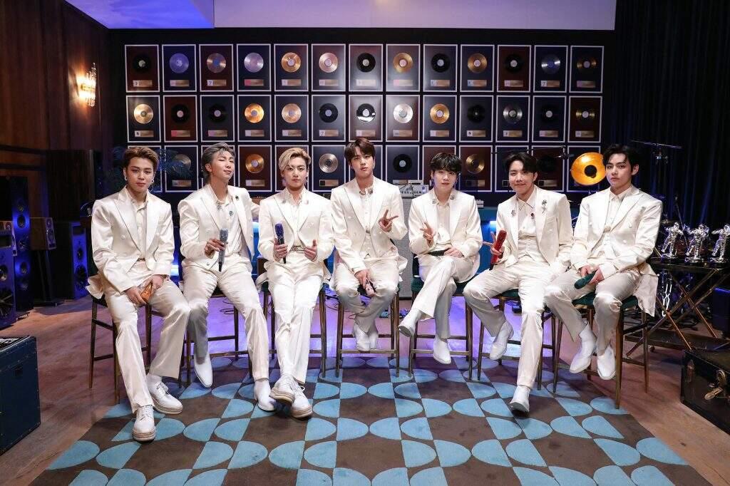 Grupo de k-pop marca retorno do programa 'Acústico MTV'