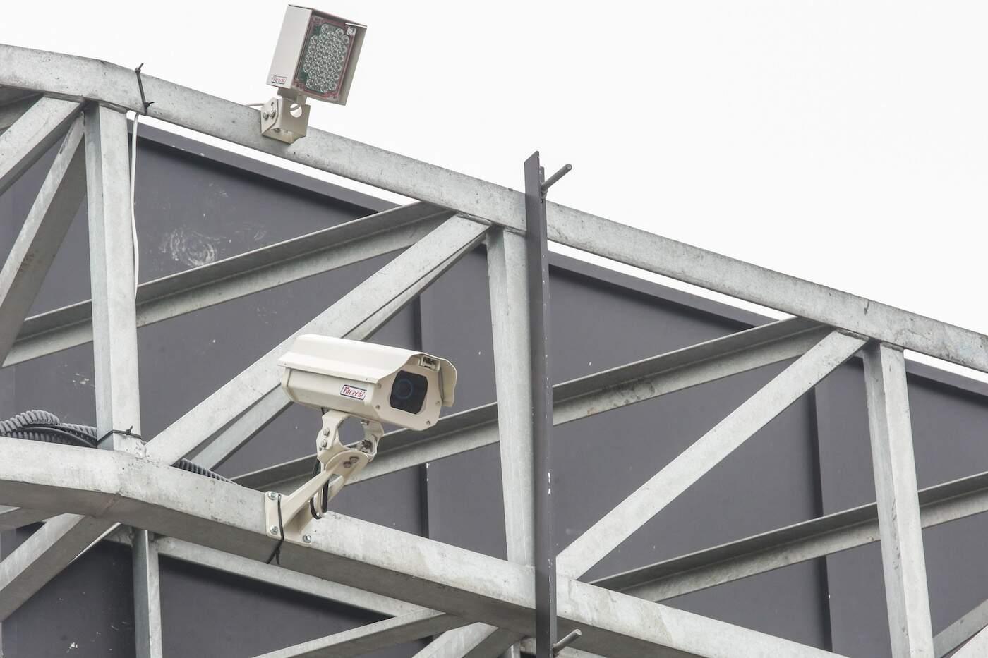 Veículo foi visualizado e monitorado pelo sistema de câmeras em Praia Grande