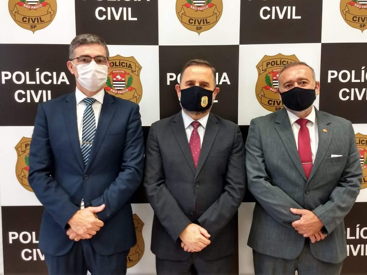 Dr. Flávio Ruiz Gastaldi, Dr. Manoel Gatto e Dr. Renato de Almeida Barros