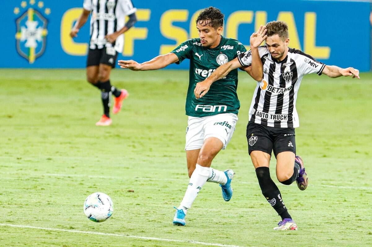 Lance durante partida entra Atlético-MG e Palmeiras, válida pela 38ª rodada do Brasileirão