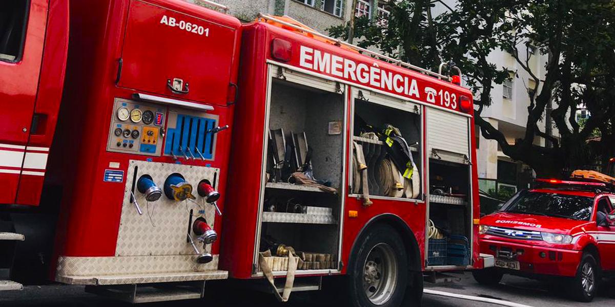 Viaturas eliminaram o incêndio em menos de uma hora