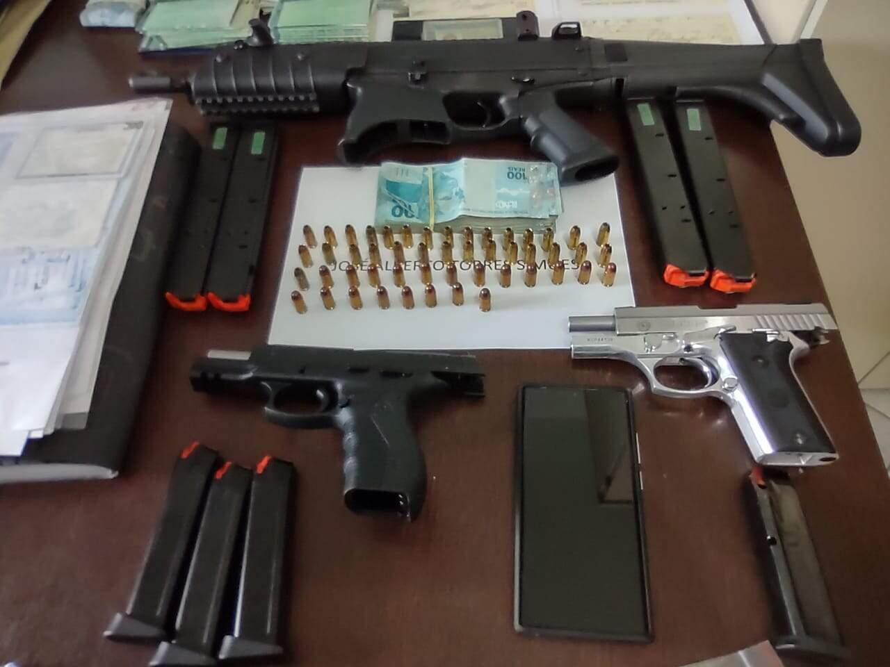Polícia Civil apreendeu três armas de fogo e munição durante operação