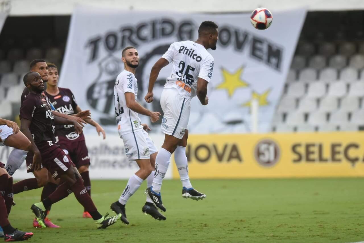 Santos fica no empate diante da Ferroviária