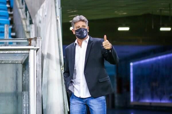 Renato renova com o Grêmio até o final da temporada