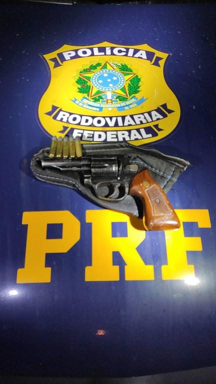 Apreensão de revólver calibre 38
