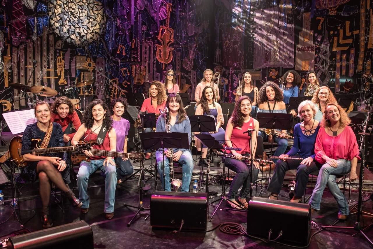 Legenda: A Jazzmin's é a primeira big band formada inteiramente por mulheres no Brasil.
