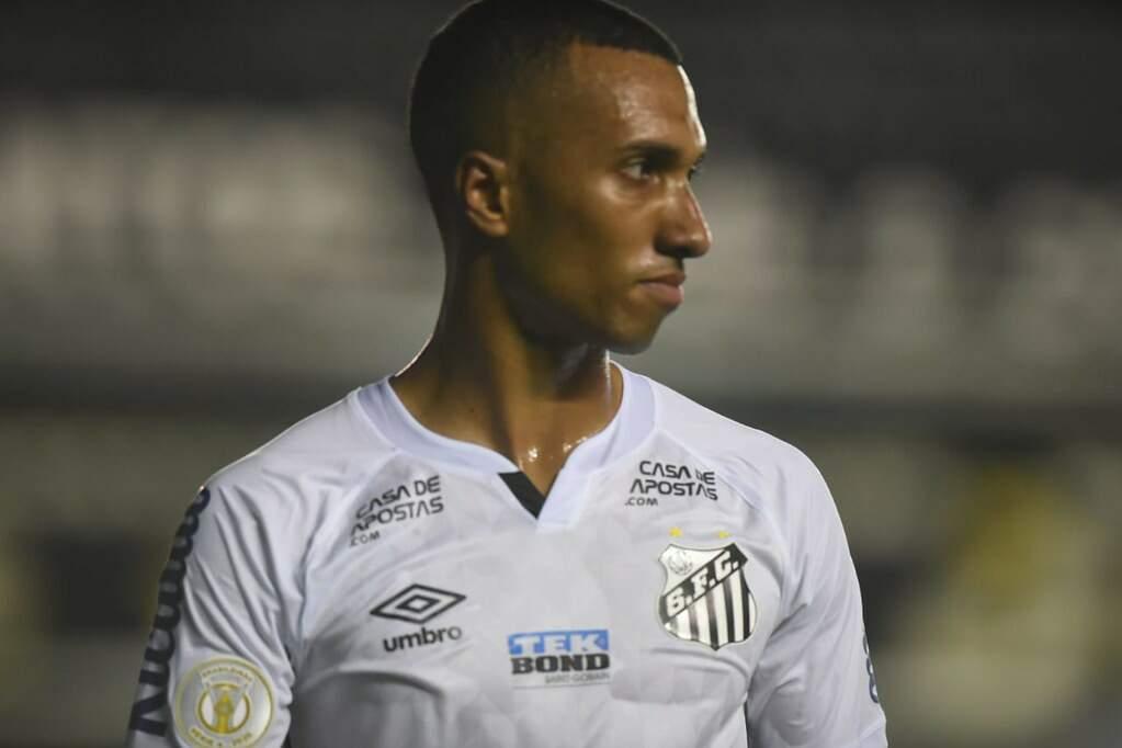 Lucas Braga desperta interesse em clube grande do Brasil